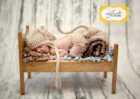 Ensemble pour bébé au crochet petit singe