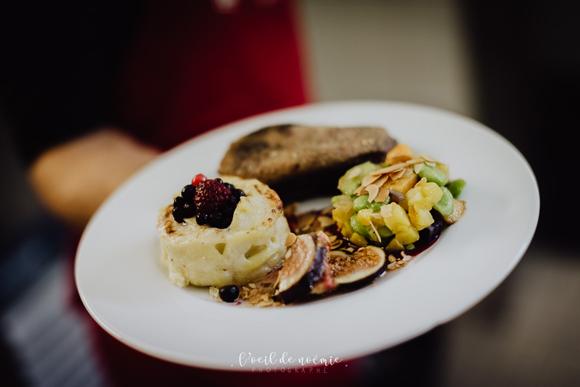Filet-de-canette-au-miel-figues-amandes-fruits-rouges-mille-feuilles-pommes-de-terre-poelee-de-legumes-antan
