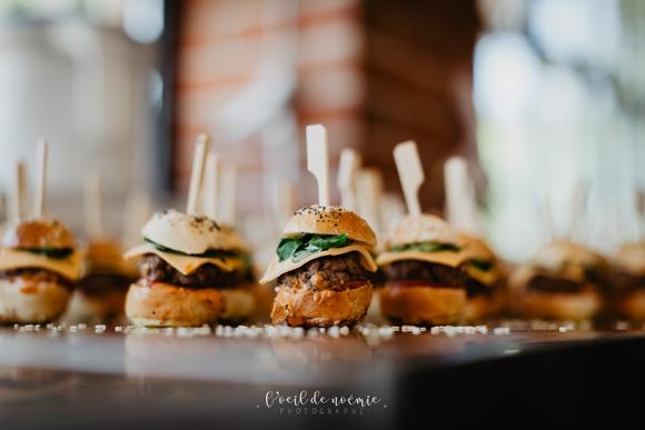 Mini-burgers-Traiteur-pour-reception-Clermont-Ferrand-Les-Tabliers-Rouges