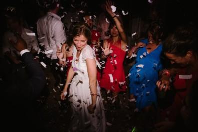 wedding-destination-modern-storytelling-lifestyle-chloelapeyssonnie_0028-800x534